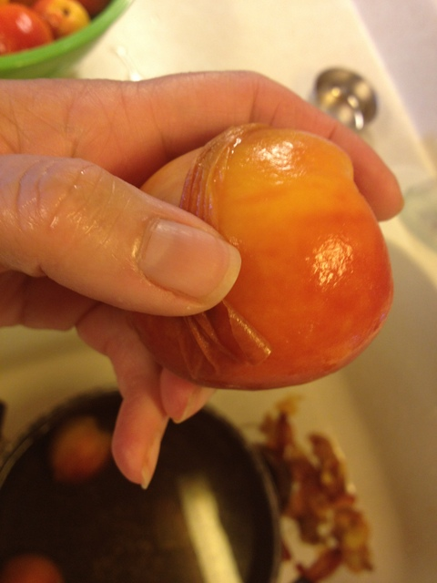 Peeling Peaches the Easy Way